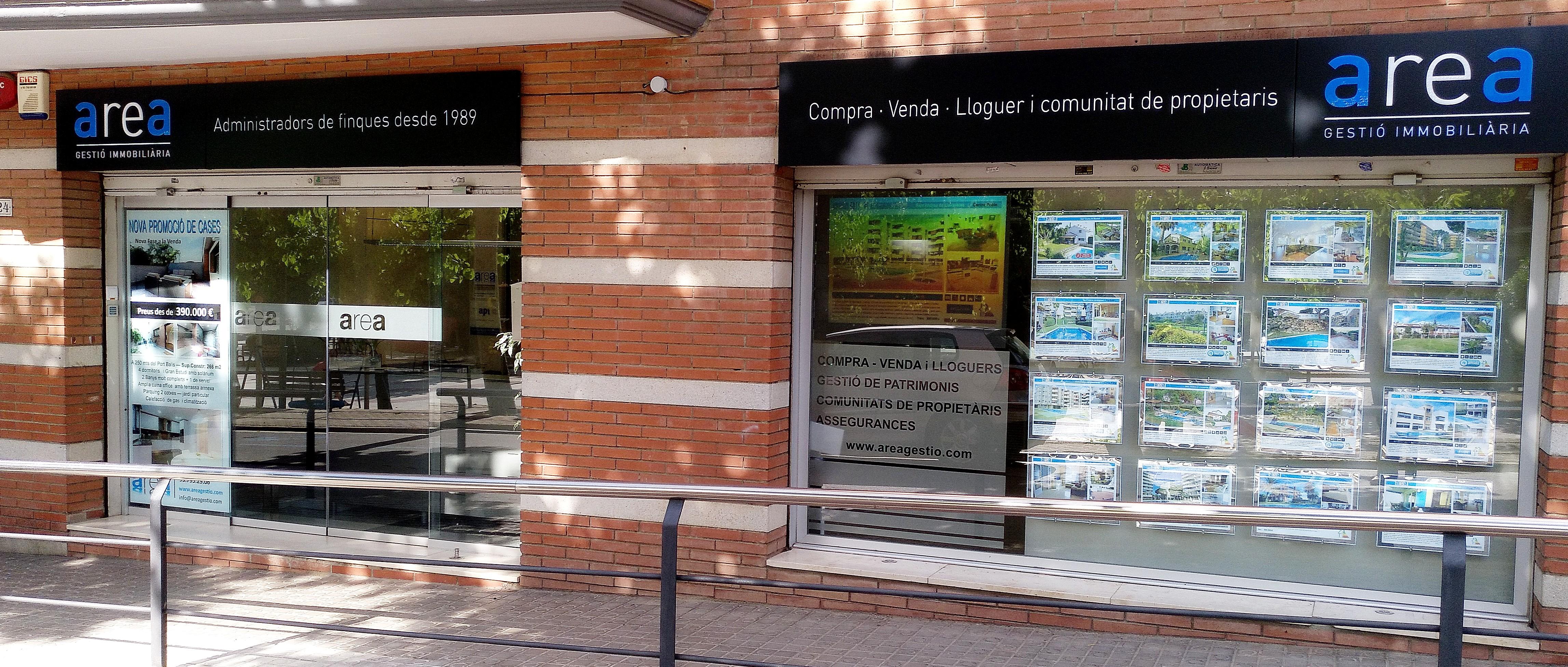 Una agencia de servicios inmobiliarios bien consolidada moderna y eficiente area gestio - Area gestio llavaneres ...